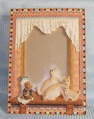 Cute 3D Resin Stone Look Cats Sitting in Window Picture Frame