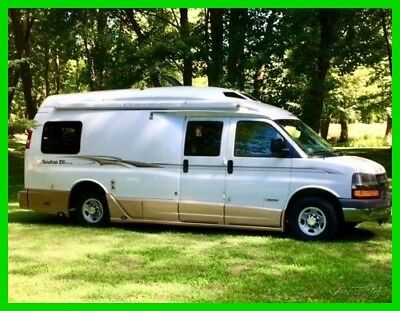 2006 Roadtrek Versatile 210,Class B,Gas,Chevrolet 6.0L,Automatic,22',Sleeps 2,