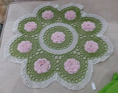 Doylie/dollies **large**crotched Lace Vintage/antique Style Hand Made 40Cm D
