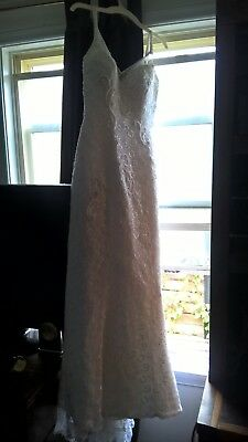 Strappless Wedding Dress, brand new Weddin Day shoes, Tiara, beautiful necklace