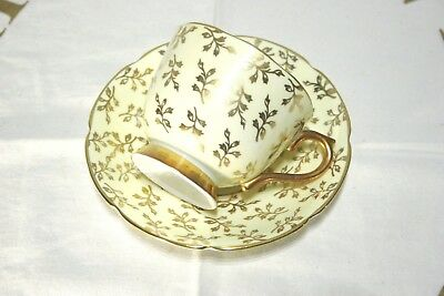 Stunning C.1937-57 Collingwoods Bone China Tea Cup and Saucer SET Yellow w/ Gold