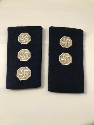 Fire Brigade Collectables - Obsolete District and Senior S/O  epaulettes