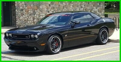 Dodge Challenger SRT8 2008 Dodge Challenger Supercharged SRT8,6.1L V8 16V,30000 Miles,Moon Roof,RWD