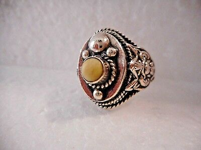 ANTIQUE/ VINTAGE 950 PURE Silver Southwestern Elk Tooth Tribal Shield Ring  Rare
