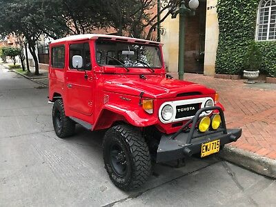 1974 Toyota Land Cruiser  1974 Toyota FJ Cruiser FJ-40 Land Cruiser Hardtop Fully Restored
