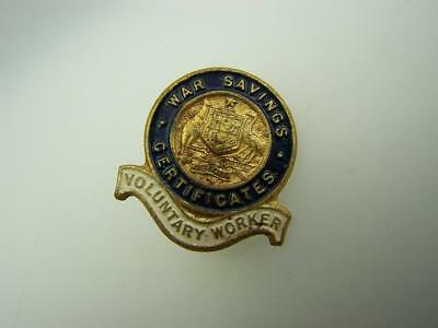 "WW11 pin back badge War Savings Certificates ""Volunteer Worker""           2930"