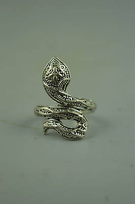 Collectible Tibet Silver Carve Snake Rare Woman Girl Ring Chinese Style Gift