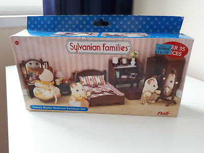 Sylvanian Families Luxury Master Bedroom Furniture Set. Mint in Box