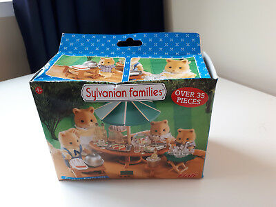 Sylvanian Families Garden Party Set