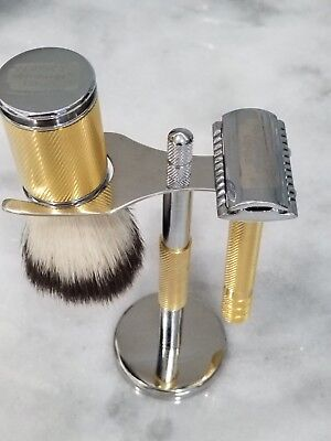New saftey razor set for shaving includes brush, holder and perfect edge box.