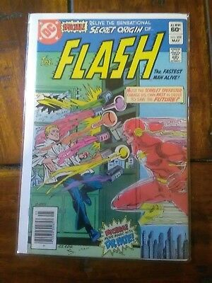 Flash #309.nm-/nm.cent Copy.may 1982. £2.95. High Grade.