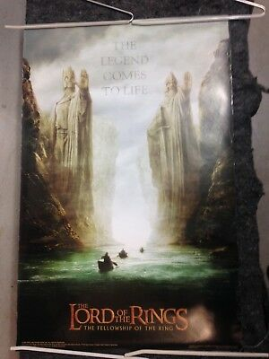Lord of the Rings Fellowship poster 2001 Two Statues