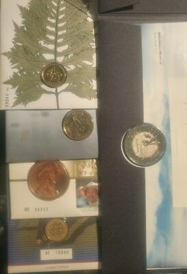 Lot Of 5 United Kingdom Coin/Stamp Covers.