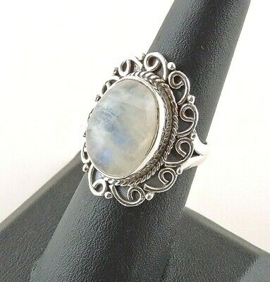 Sterling Silver 14 ct Oval Moonstone Ring