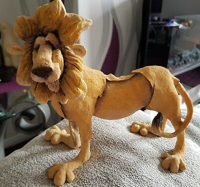 A Breed Apart 'leo the lion'
