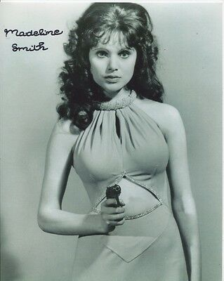 Madeline Smith Photo Signed In Person - James Bond - B943