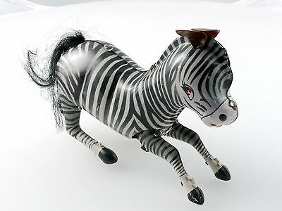 MS 505 China Blech Jumping Zebra Uhrwerk Clockwork Wind Up 1411-14-93