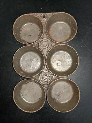 Vintage Primitive Unmarked 6-Tin Cup Metal Muffin Corn Cake Pan 4 ounce Capacity