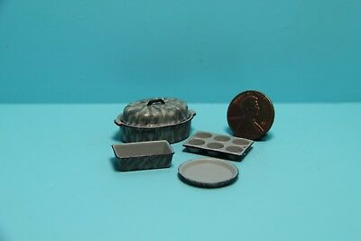 Dollhouse Miniature Kitchen Cookware Set with Red Enamelware Pattern CAR0863