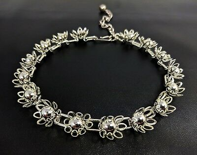 Vintage  Silver-tone  Flowers Link Chain Necklace Choker 1960s - 1970s