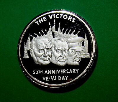 1945 to 1995 50th Anniversary of VE / VJ Day WWII, 1.5 oz .999 Silver Medallion