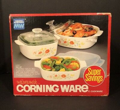 New In Sealed Box Corning Ware Wildflower Cookware Casseroles 3 Piece Set + Lids