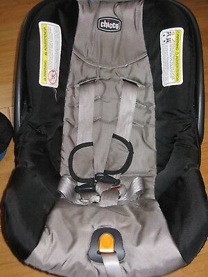 Two CHICCO Keyfit 30 Infant CAR SEAT BASE w/Latch and One Car Seat! NO ACCIDENT