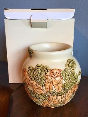 Harmony Kingdom Jardinia Vase Under Cover Tigers Crushed Marble Vase NIB Tiger