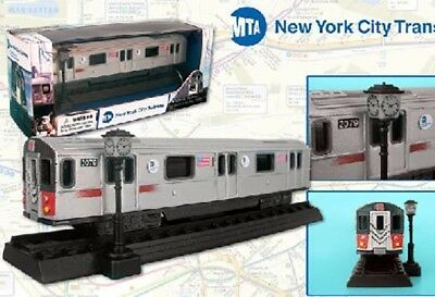 RT8555 Subway Car NYC New York City MTA Diecast 1:87 Scale with Lights and Sound