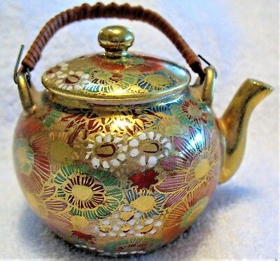"""Antique Japanese miniature Satsuma 2 1/2"""" high teapot with 1000 flowers pattern"""