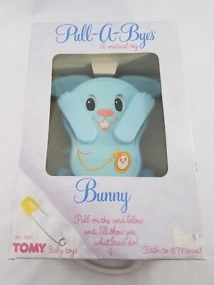 1983 TOMY Peek-a-Boo Bunny Pull String Music Baby Lullaby Crib Toy NEW RARE VTG