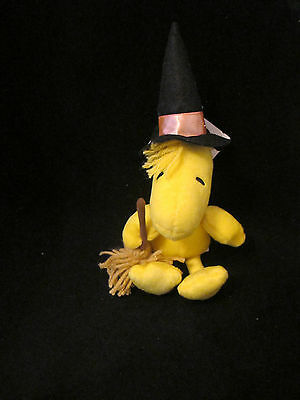 Hallmark Peanuts  Halloween Woodstock Dressed As A Witch