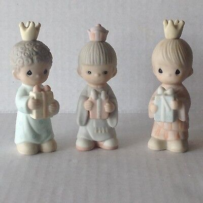 1982  Precious Moments 3 piece Set Figurines Wee Three Kings no. 213624 in Box