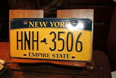 2010 New York Empire State License Plate HNH 3506 (B)