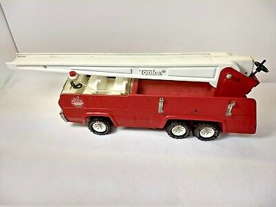 TOY RED METAL TONKA LADDER FIRE TRUCK 1960s 1970s vintage  Rare rescue vehicle