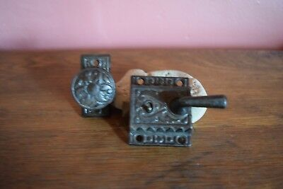 Rare~Antique Victorian Ornate Sm Door Knob With Plate And Matching Locking Latch
