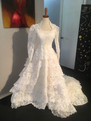 Vintage 1950s Spanish Style Wedding Dress size Small with Defects Unbranded
