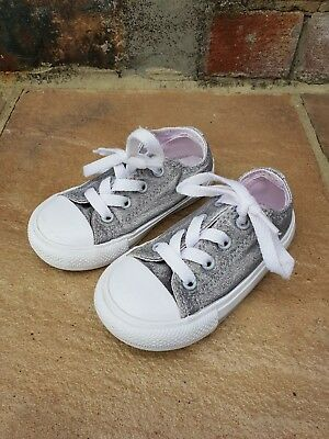 aad5a4c8e6ab KIDS JUNIOR CONVERSE All Star Low Glitter Silver Sk8 Pumps Shoes ...