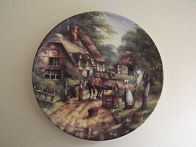 Wedgwood Country Days Collector Plate ~ The Apple Pickers