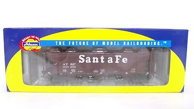 Athearn RTR HO ATSF Santa Fe 3 Bay PS 2893 Covered Hopper Train Car 93767 READ