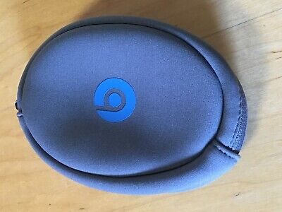 Genuine Beats by Dr Dre Headphones Solo2 Wireless Active - Blue Carrying Case