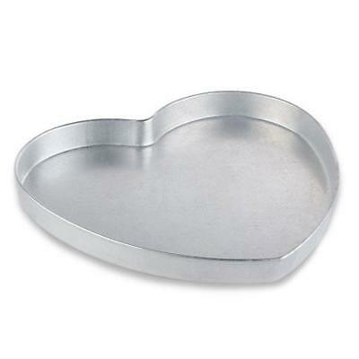 American Metalcraft - HPP16 - 16 in Heart Shaped Pizza Pan