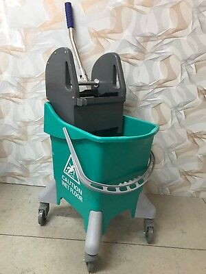 Premium Kentucky Mop Bucket 31 Litres with Winger & Mop Holder Yellow or Green