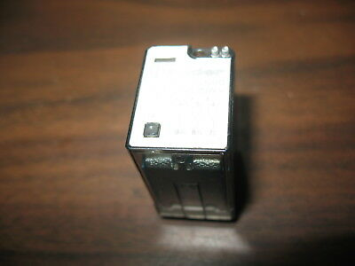 Finder 55.33.9.024.0000 Cube Relay (14 Pin Square, 24 VDC Coil)