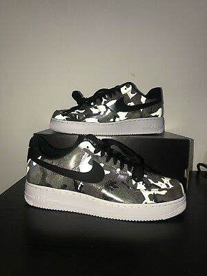 Nike Air Force 1 '07 LV8 - Size 9  823511-201 Olive Black Camo Low White