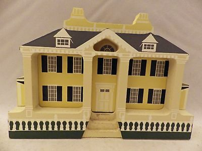 Shelia's Collectibles - Longfellow House - New England Series - NEW01 - HW