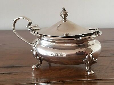 1928 Good Size Antique Walker & Hall Solid Silver Footed Mustard Pot.