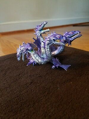 Dragon figurines preowned