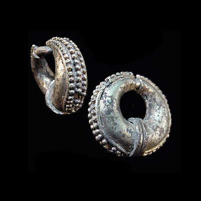 Pair of lovely Champa silver earrings. x2491