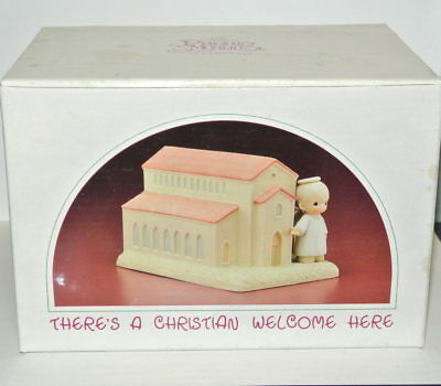 Precious Moments Theres a Christian Welcome Here Chapel Figurine 523011 box